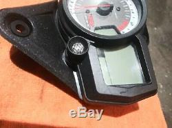 06 09 GSXR 600 750 SPEEDO TACH GAUGES DISPLAY CLUSTER SPEEDOMETER 2720 miles