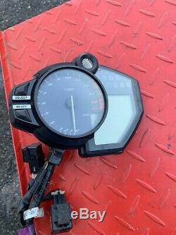 09-14 2014 Yamaha R1 Gauges Speedo Tach Cluster Speedometer