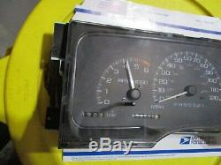 2000 Yukon Speedometer Cluster Guage Instrument Odometer Dash Display
