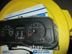 2008 Crown VIC Speedometer Cluster Guage Instrument Odometer Digital Display