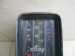 Mercedes W110 W111 Heckflosse Chrom Säulentacho Tacho Tachometer 160km/h VDO