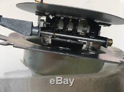 NEU NOS Mercedes-Benz W123 C123 S123 M110 VDO Tachometer KPH Speedometer OE NML