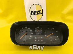 ORIGINAL Opel Tacho mit Drehzahlmesser + Uhr passend für Kadett C Modelle GM